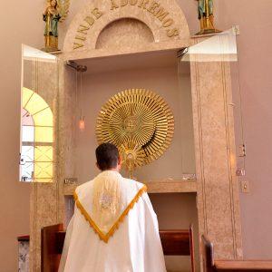 A Igreja e o Ano Sacerdotal