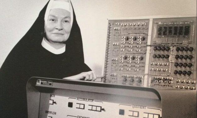 Mulheres, cientistas e religiosas… pode?