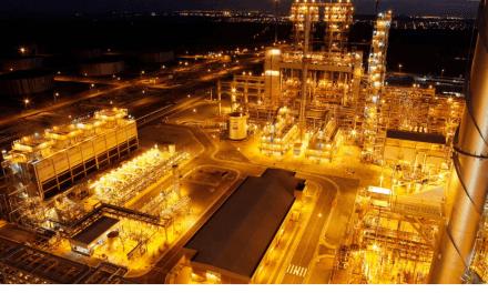 Preços de petróleo sobem após crescimento abaixo do esperado nos EUA