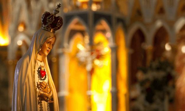 Nossa Senhora é a Mãe da Comunidade Coração Fiel