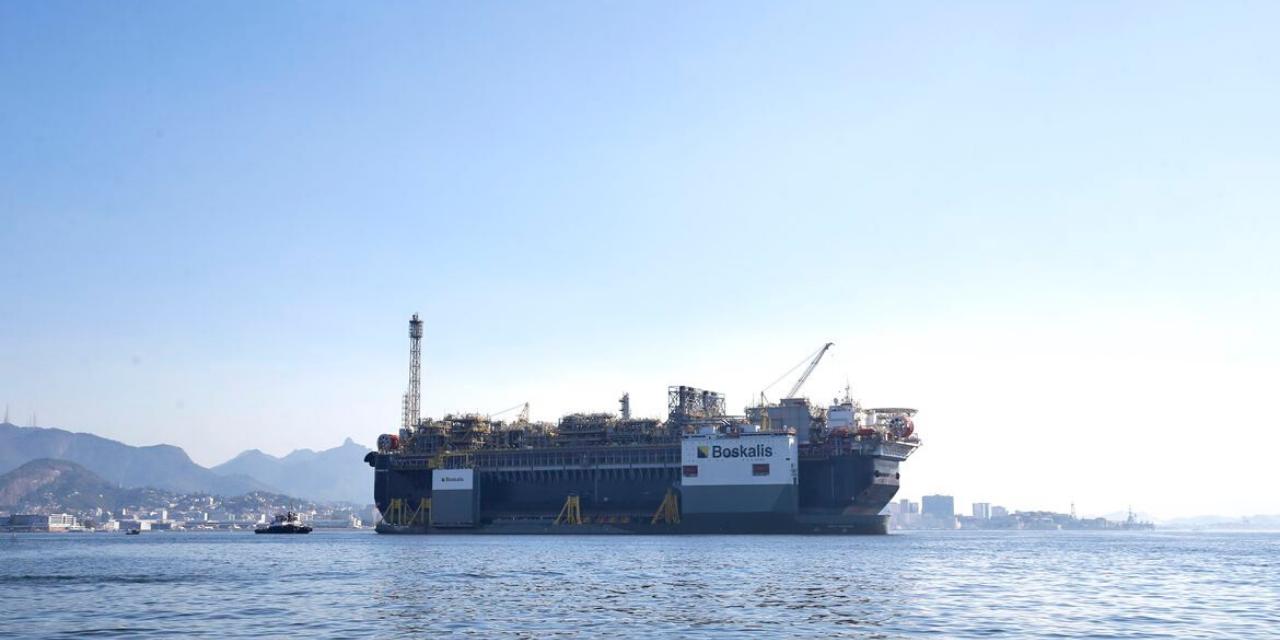 Paralisação de campos de petróleo pode gerar demissões