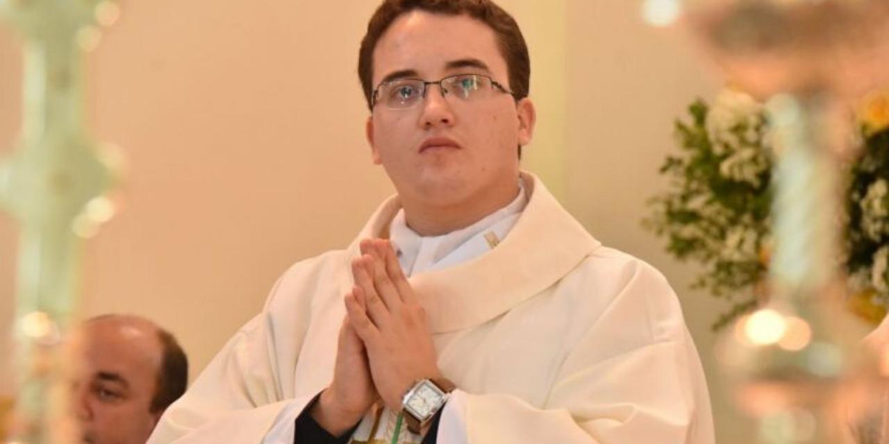 Ordenação Sacerdotal do Diácono Ricardo Henrique Silva
