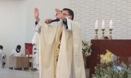 Bem vindo Padre Ricardo Henrique