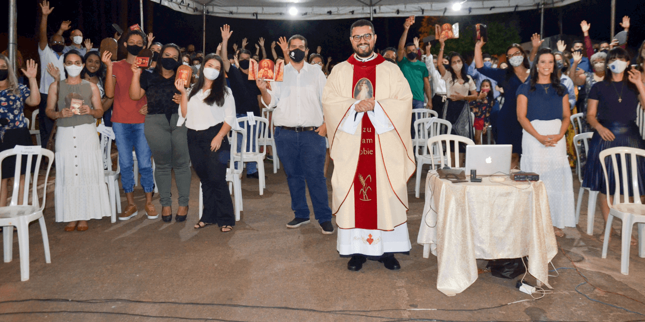 Missa da Misericórdia com Oblação ao Coração de Jesus