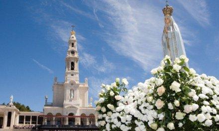 Terço de 13 de maio no Santuário de Nossa Senhora de Fátima